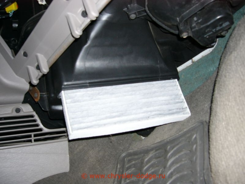 Dodge caravan cabin filter location get free image about for 2006 dodge grand caravan cabin filter location